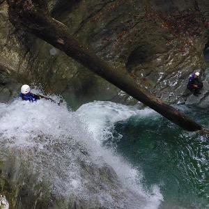 Un toboggan dans le canyon des Écouges, Vercors.